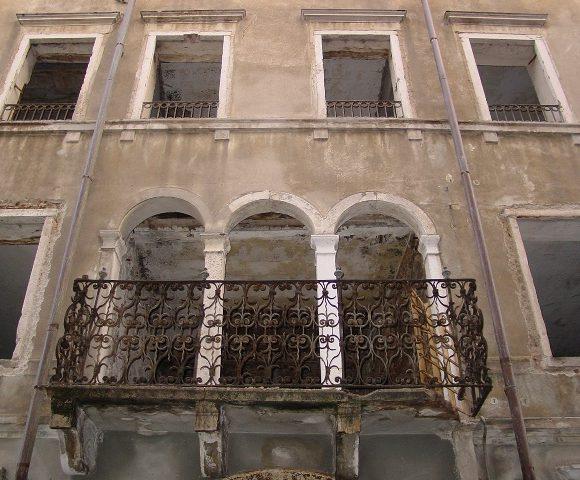 Palazzo Carducci 02