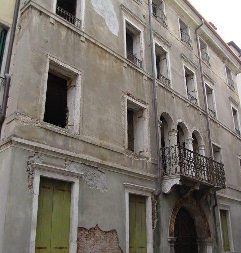 Palazzo Carducci 04