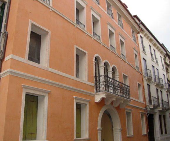 Palazzo Carducci 05