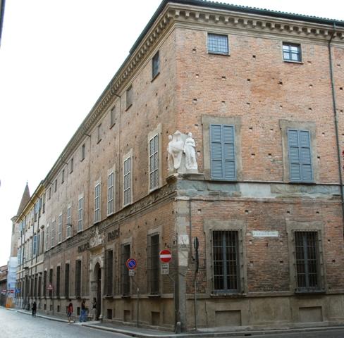 Palazzo Duglas 01