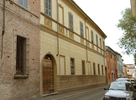 Palazzo Duglas Scotti da Fombio, sede collegio maschile Morgi – Piacenza