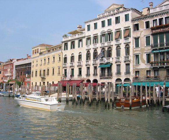 Venezia: Restauro e deumidificazione