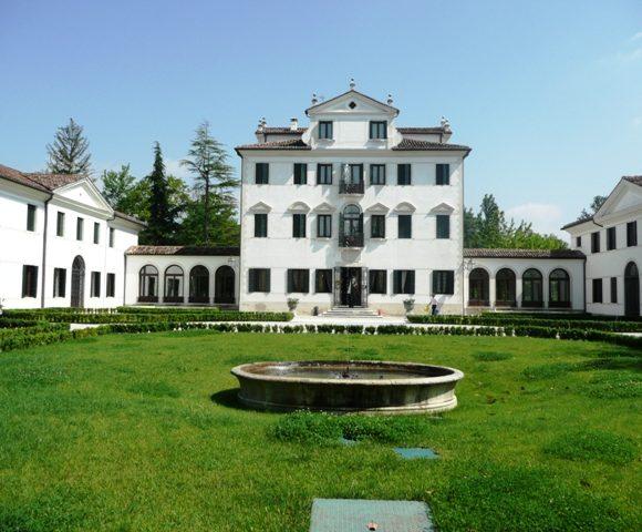 Villa Nenzi 01